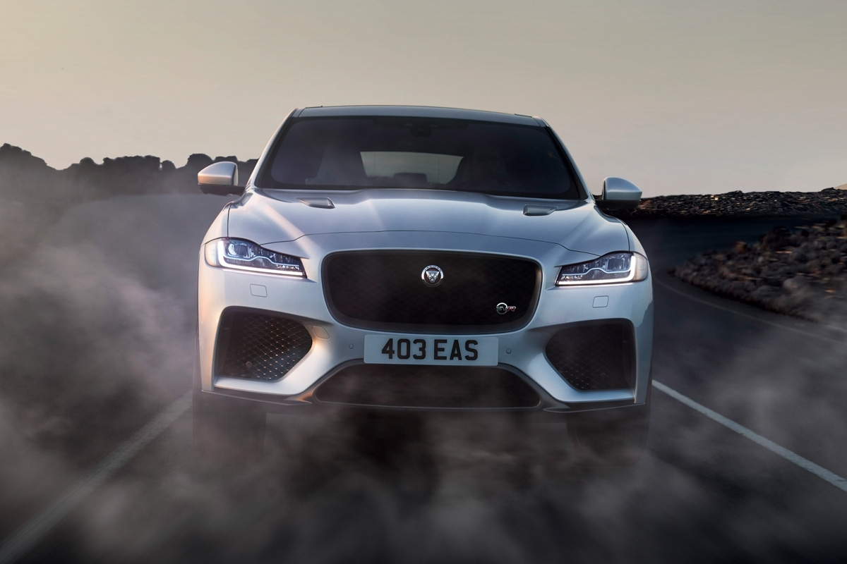 Jaguar F-Pace SVR revealed-8