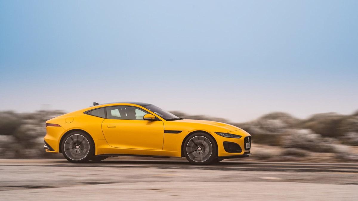 Jaguar-F-type-R-2020-11