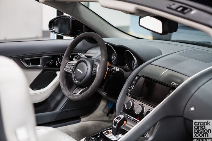 jaguar-land-rover-product-development-engineering-test-facility-dubai-uae-001
