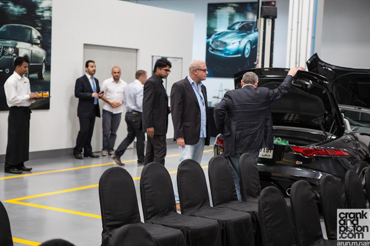 jaguar-land-rover-product-development-engineering-test-facility-dubai-uae-010