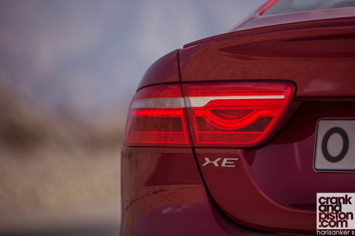 Jaguar XE S DRIVEN-13