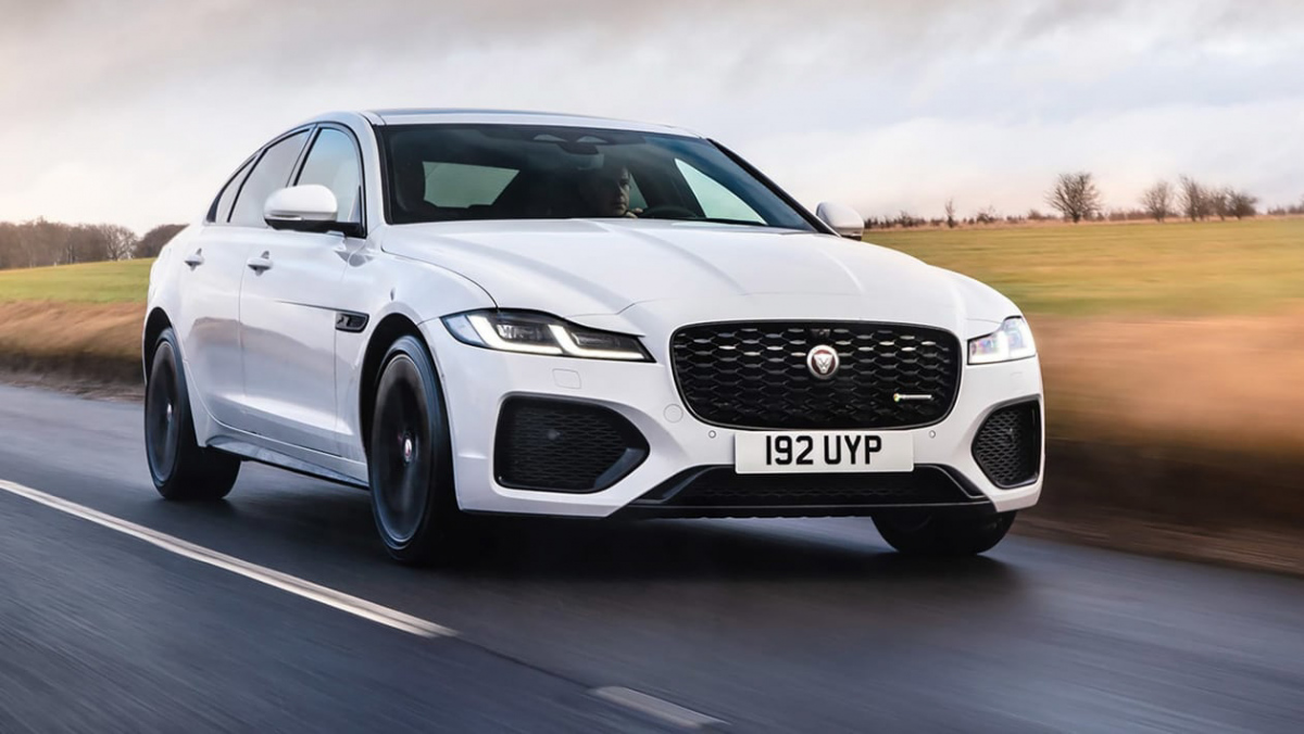 Jaguar-XF-review-1
