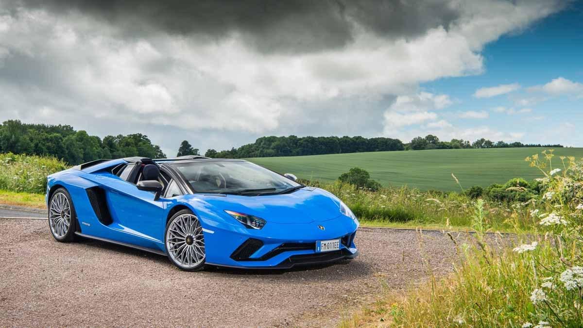 Lamborghini-Aventador-S-7