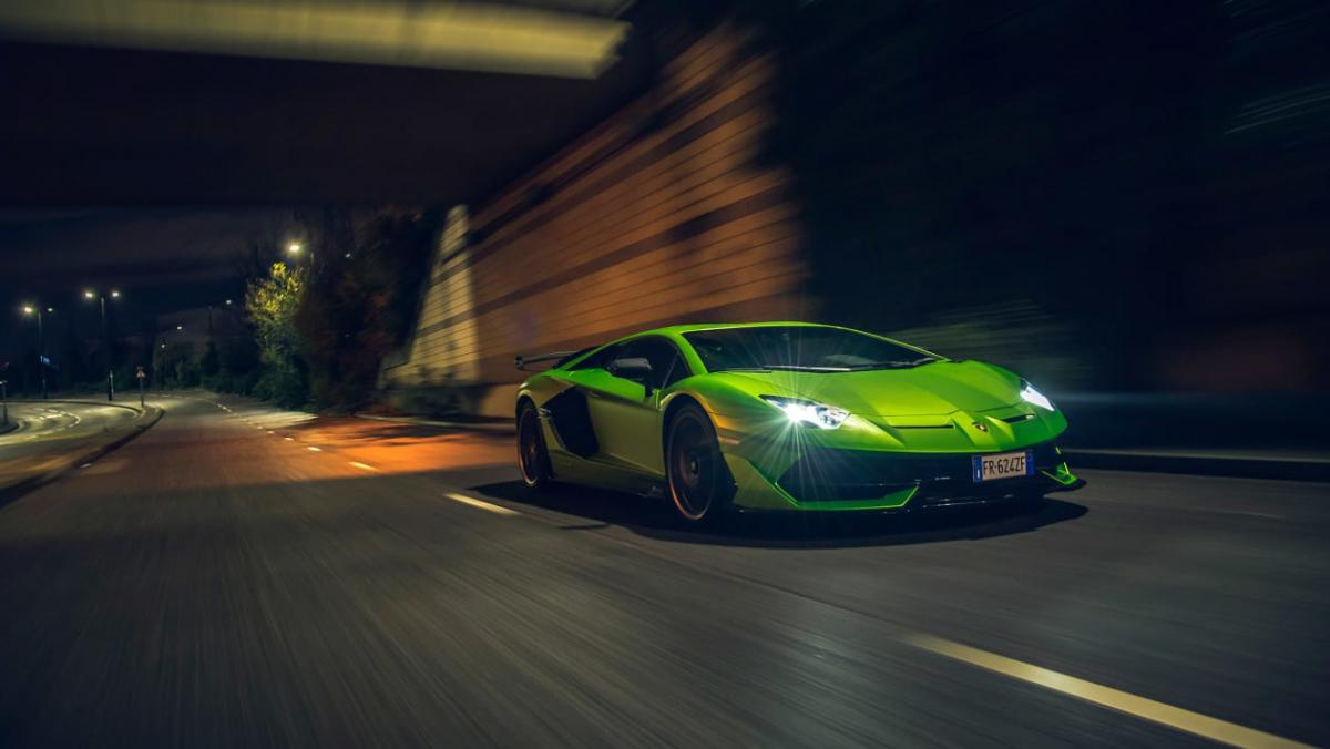 Lamborghini-Aventador-SVJ-2021-1