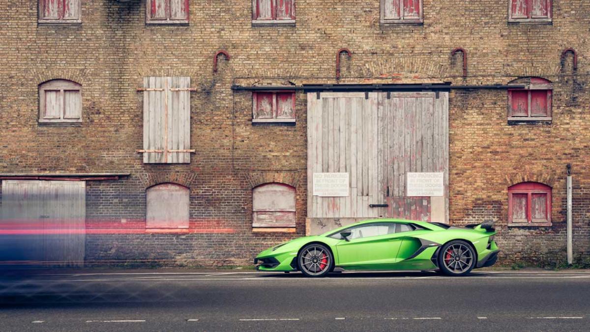 Lamborghini-Aventador-SVJ-2021-12