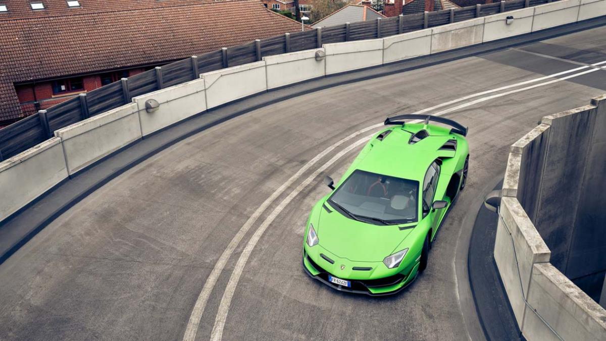 Lamborghini-Aventador-SVJ-2021-13