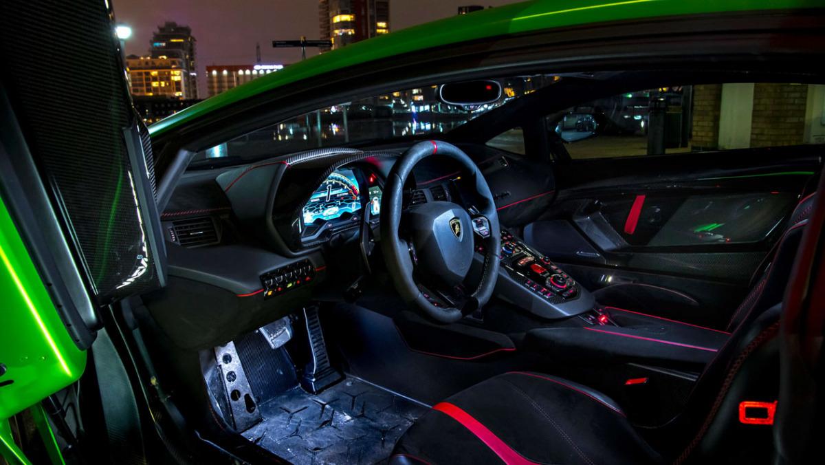 Lamborghini-Aventador-SVJ-2021-3