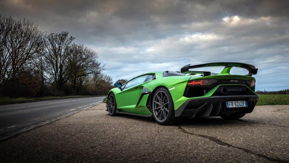 Lamborghini-Aventador-SVJ-2021-4