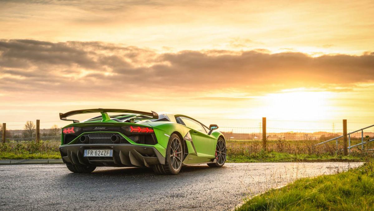 Lamborghini-Aventador-SVJ-2021-9