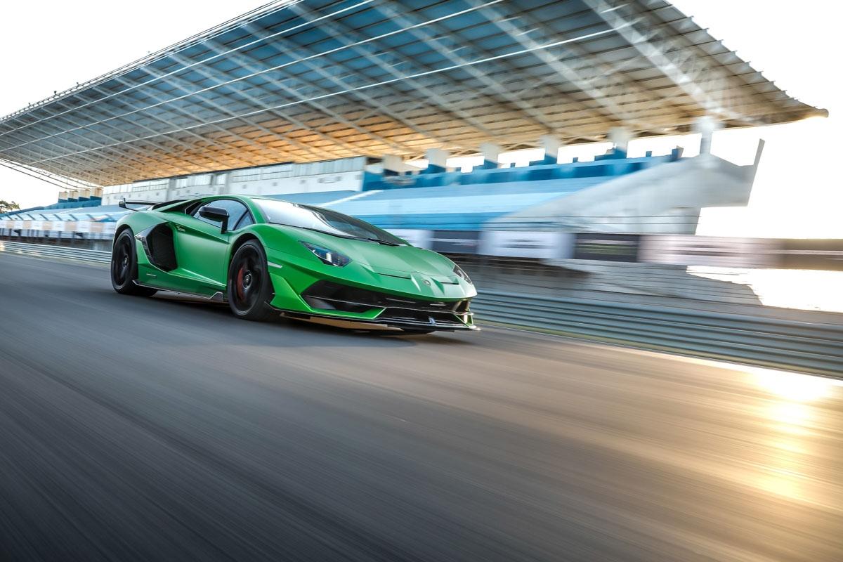 Lamborghini Aventador SVJ review-2