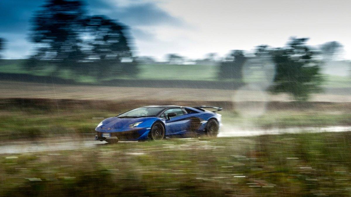 Lamborghini-Aventador-SVJ-Roadster-2020-11