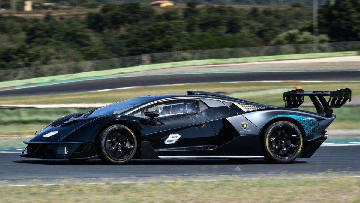 Lamborghini-Essenza-SCV12-6