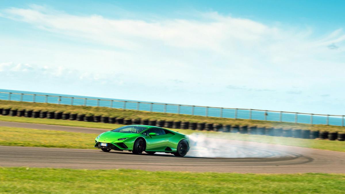 Lamborghini-Huracan-Evo-5