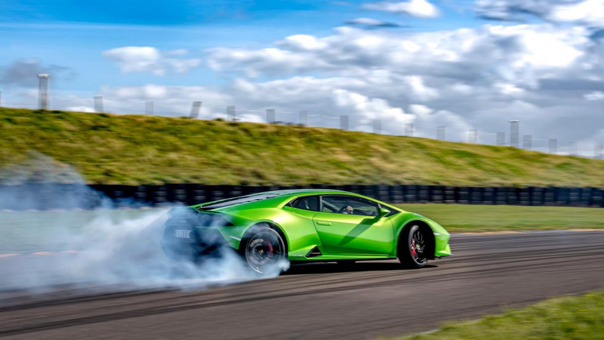 Lamborghini-Huracan-Evo-7