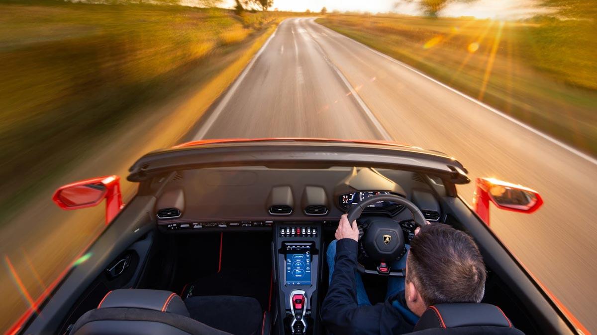 Lamborghini-Huracan-Evo-Spyder-11