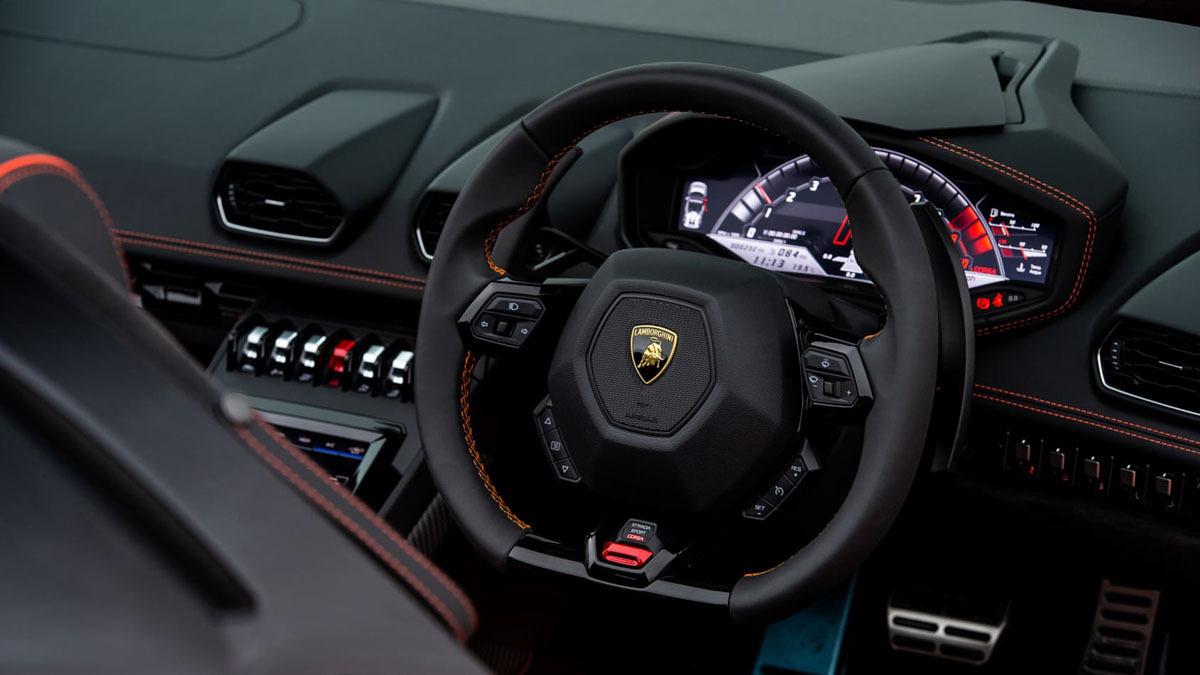 Lamborghini-Huracan-Evo-Spyder-7