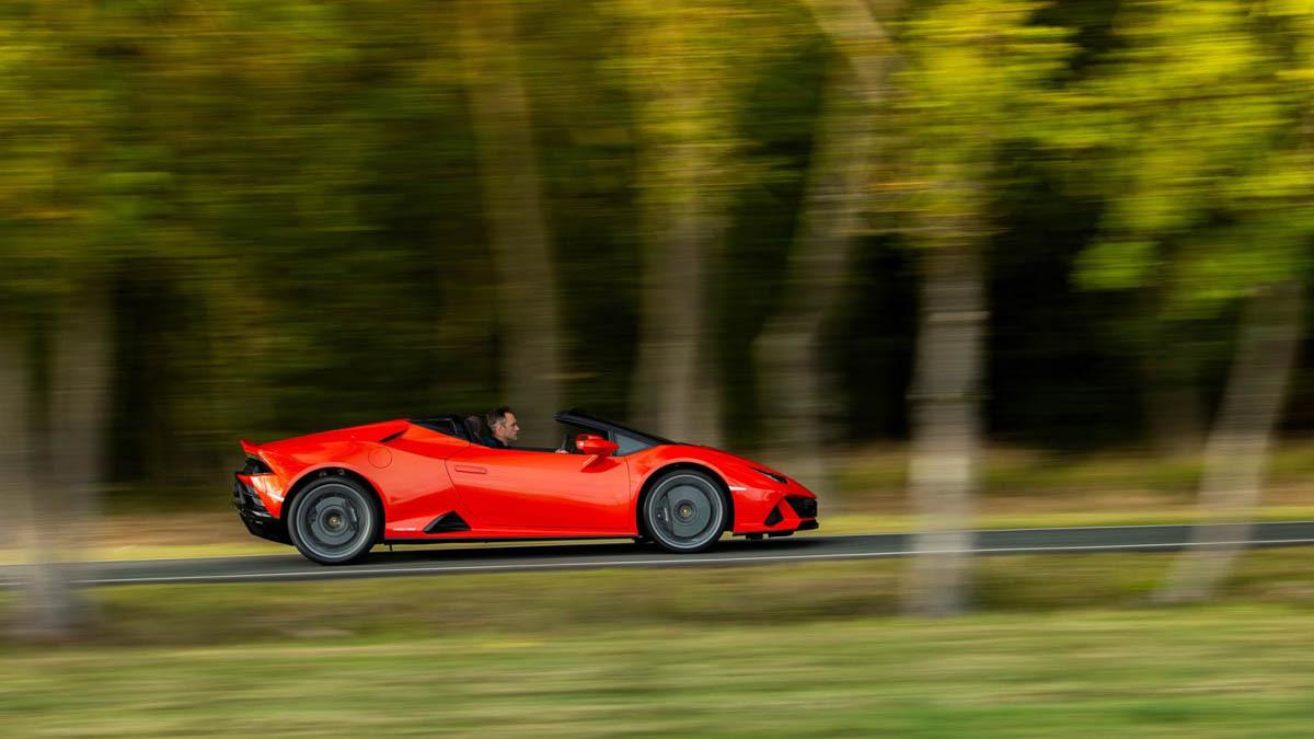 Lamborghini-Huracan-Evo-Spyder-8