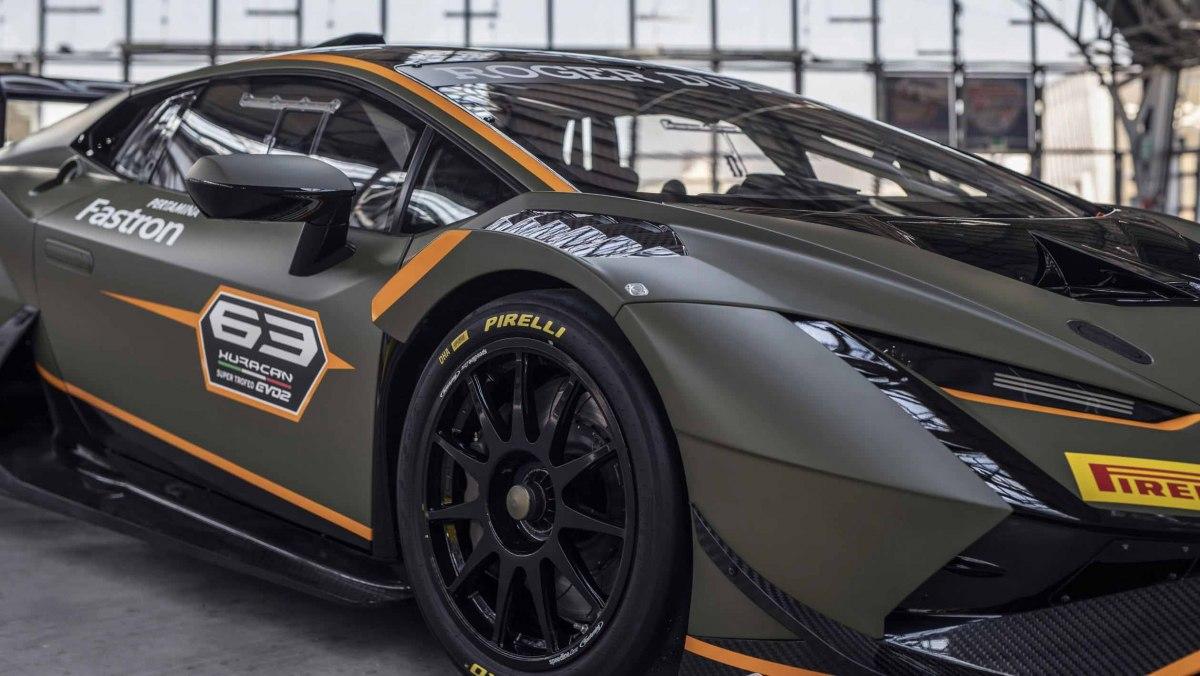 Lamborghini-Huracan-Super-Trofeo-Evo-2-racer-7