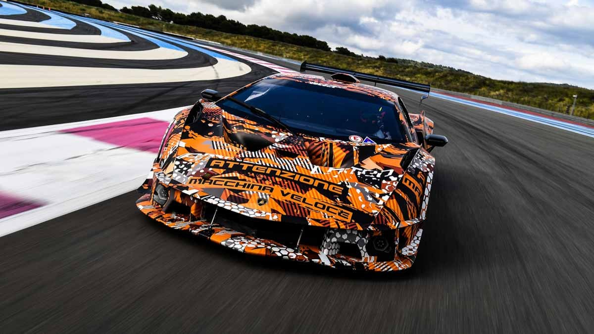 Lamborghini-SCV12-Track-Only-1