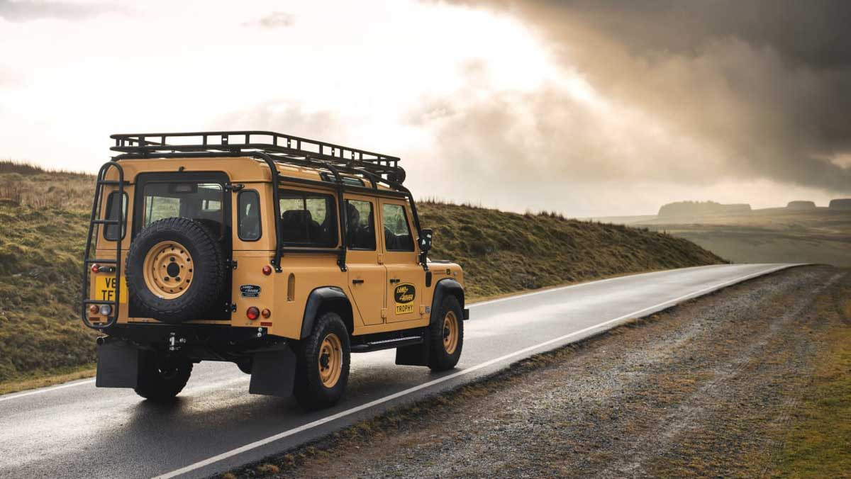 Land-Rover-Classic-2