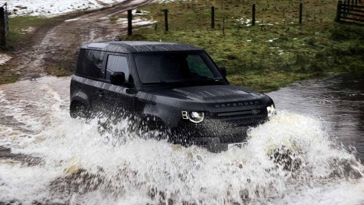 Land-Rover-Defender-14