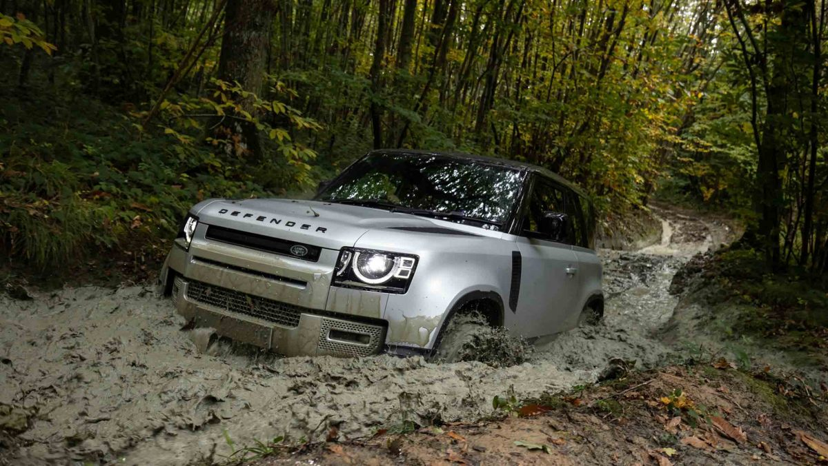 Land-Rover-Defender-review-12