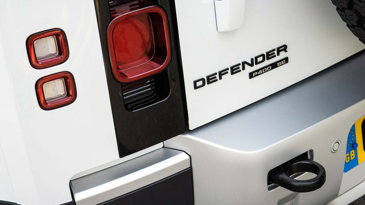 Land-Rover-Defender-review-18