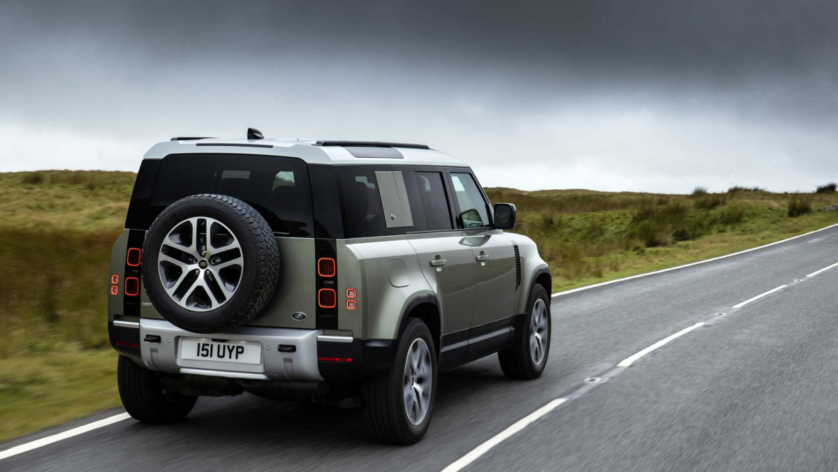 Land-Rover-Defender-review-2