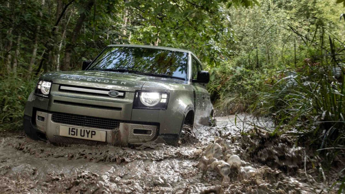Land-Rover-Defender-review-3