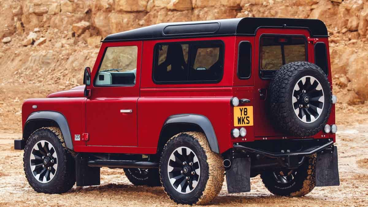 Land-Rover-Defender-Works-10