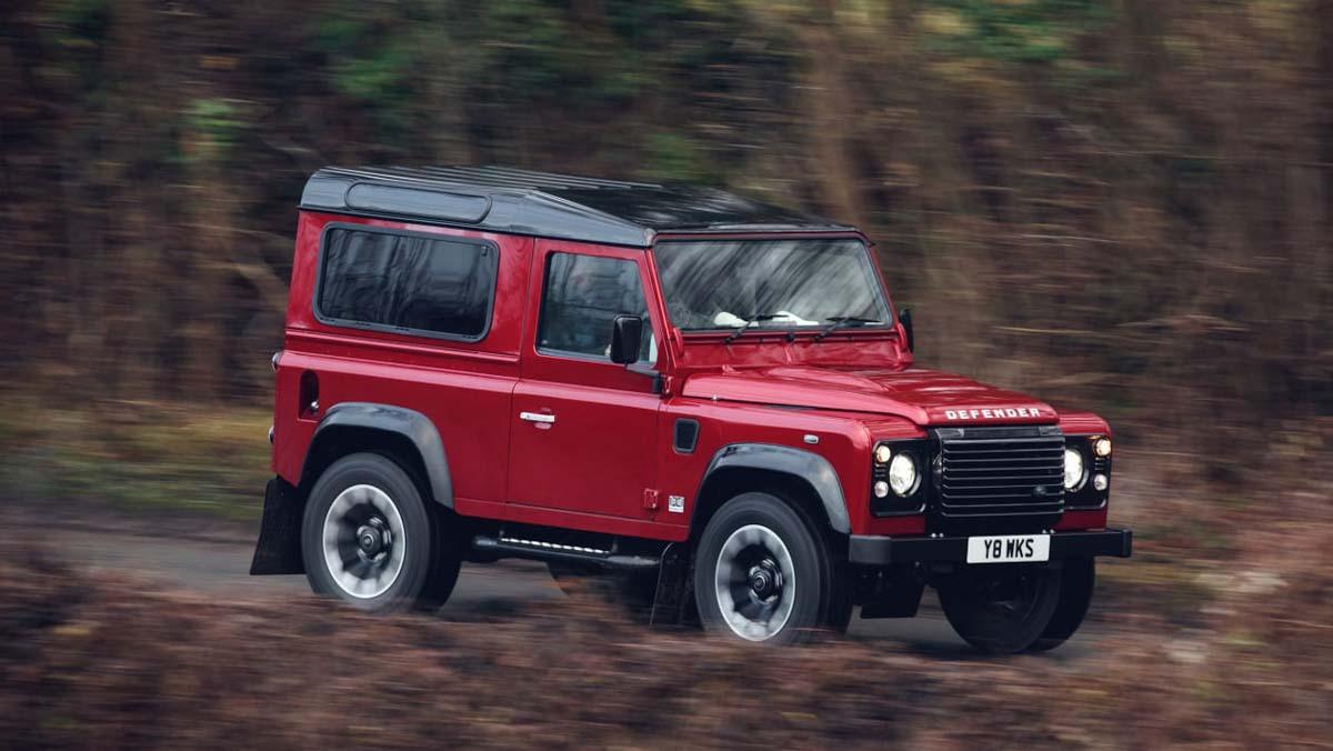 Land-Rover-Defender-Works-4
