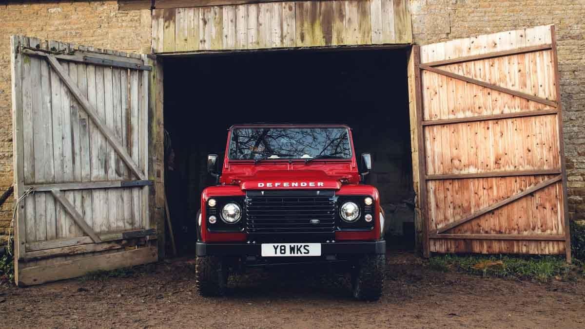 Land-Rover-Defender-Works-8