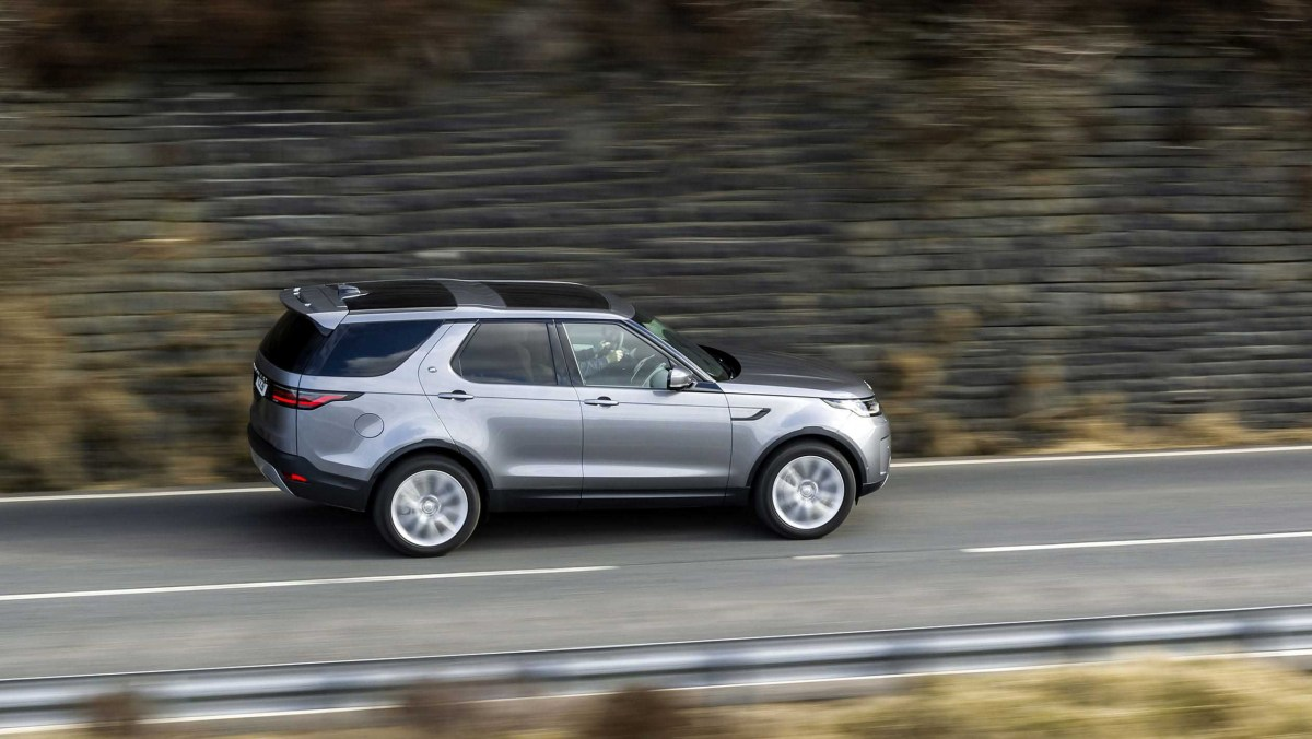 Land-Rover-Discovery-21-9