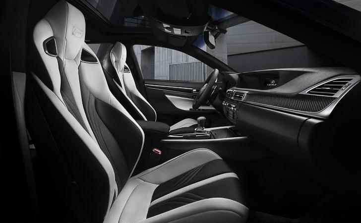 Lexus GS F 07