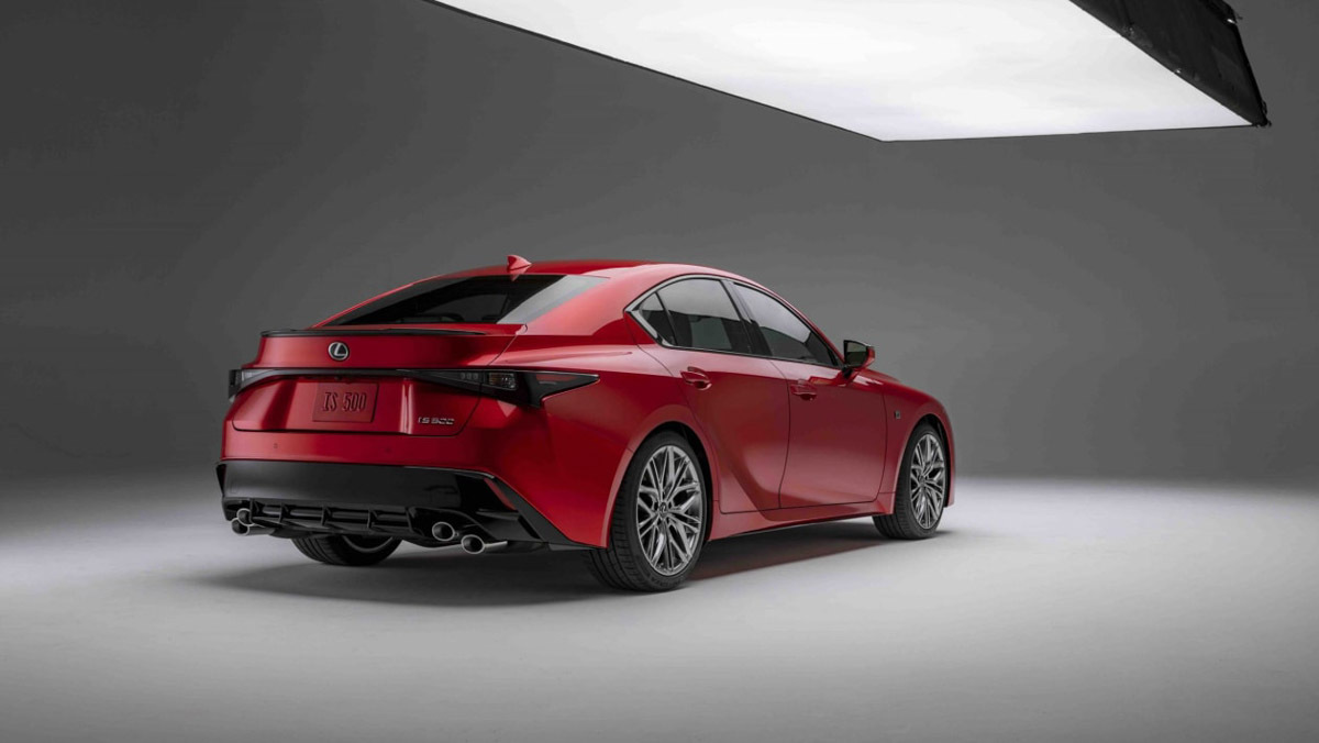 Lexus-IS500-F-Sport-7