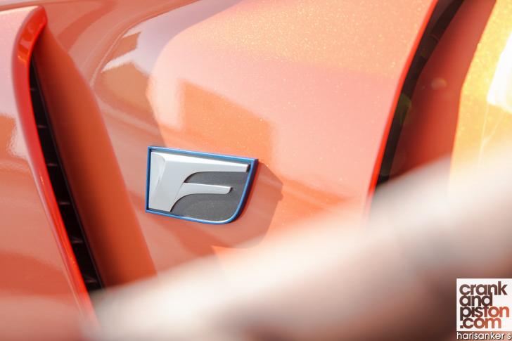 Lexus RC F crankandpiston 09