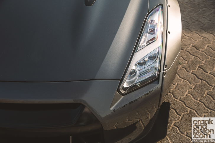 Liberty Walk Nissan GT-R crankandpiston-3