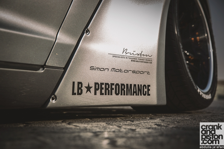 Liberty Walk Nissan GT-R crankandpiston-5