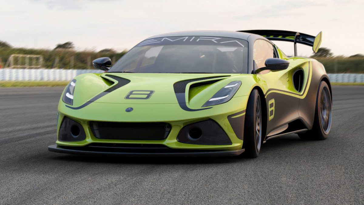 Lotus-Emira-GT4-1