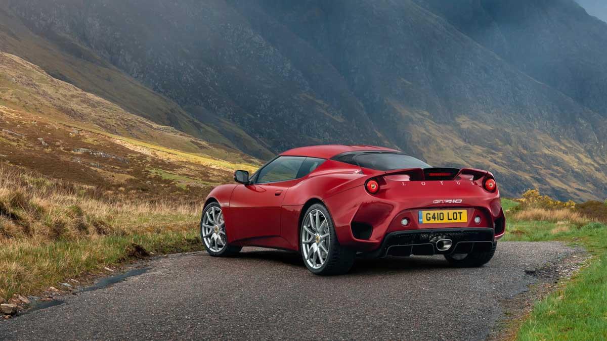 Lotus-Evora-GT410-2