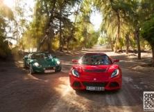 lotus-elise-111s-vs-lotus-exige-s-roadster-2
