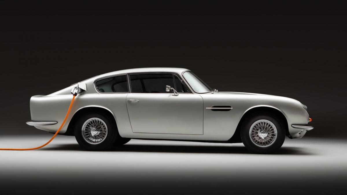 Lunaz-Aston-Martin-DB6-1
