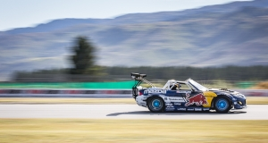 Mad Mike Whiddett RADBULL Mazda MX-5. Red Bull