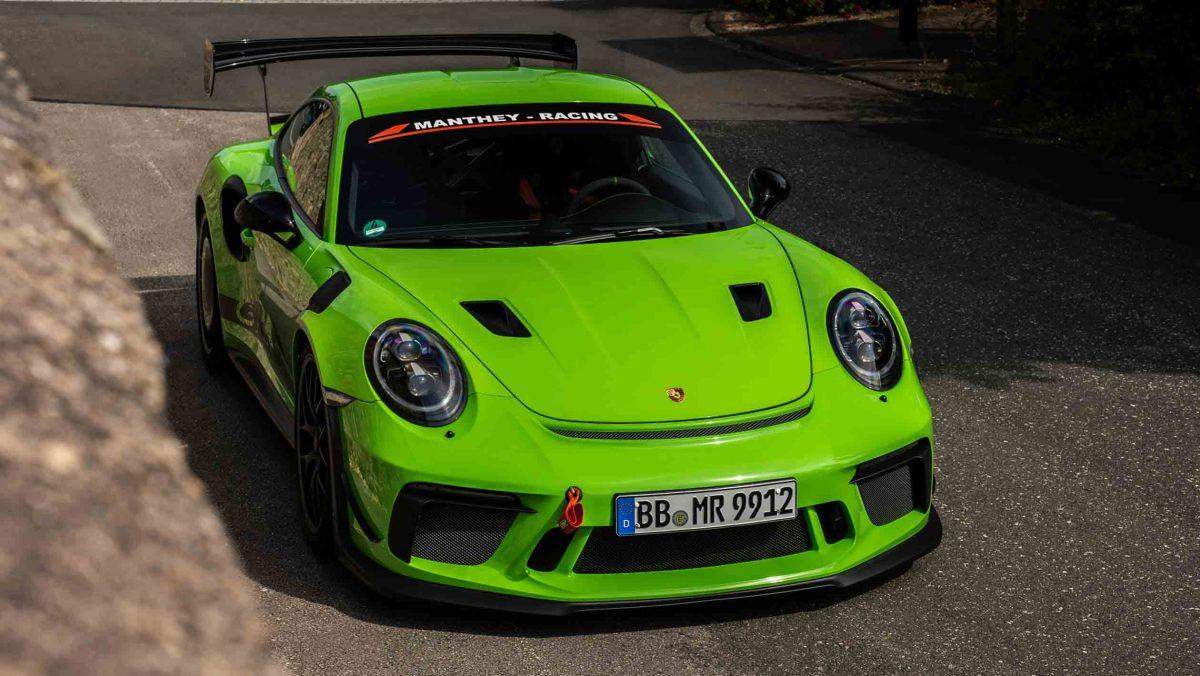 Manthey-Racings-Porsche-11