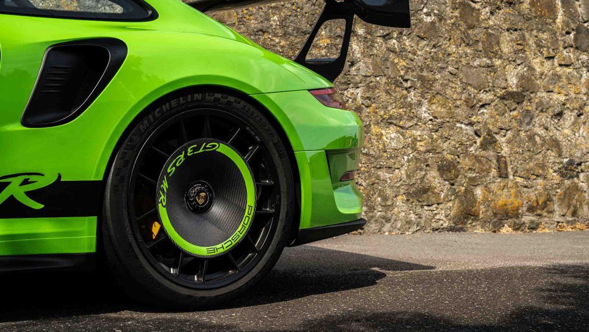 Manthey-Racings-Porsche-16