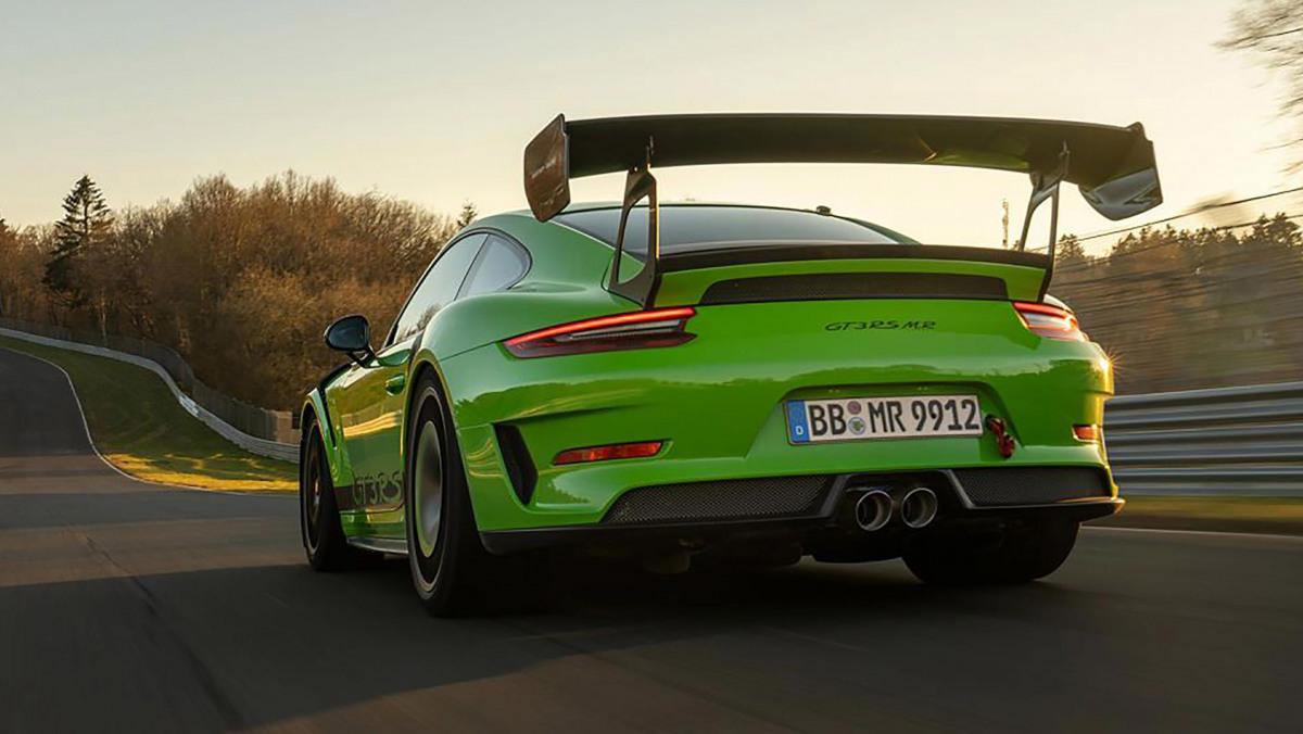 Manthey-Racings-Porsche-2