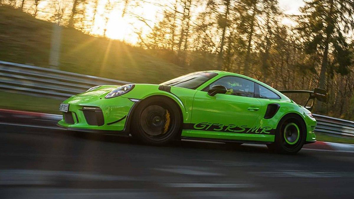 Manthey-Racings-Porsche-4