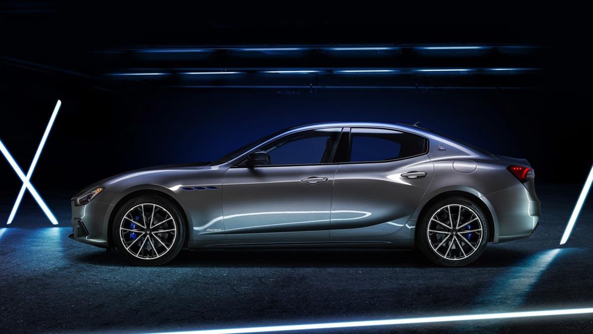 Maserati-Ghibli-Hybrid-revealed-6