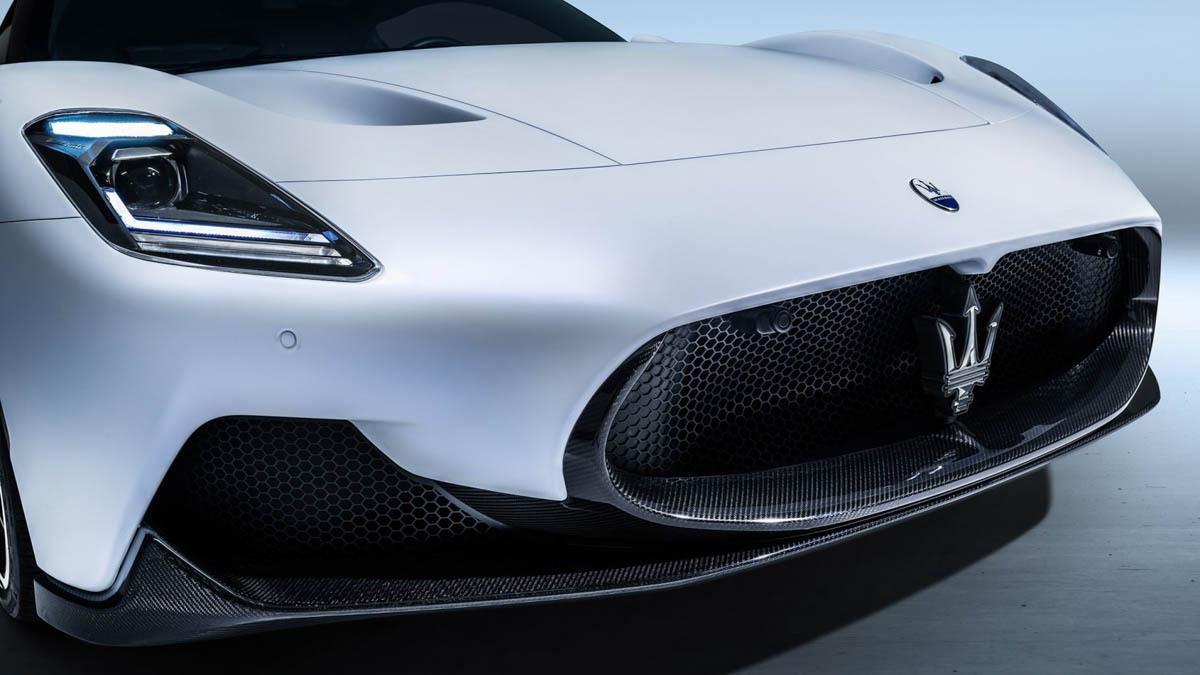 Maserati-MC20-21