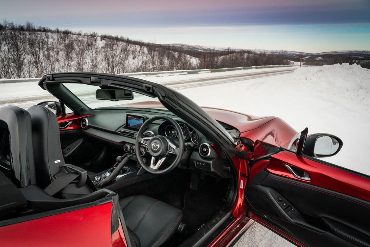 Mazda MX-5-3